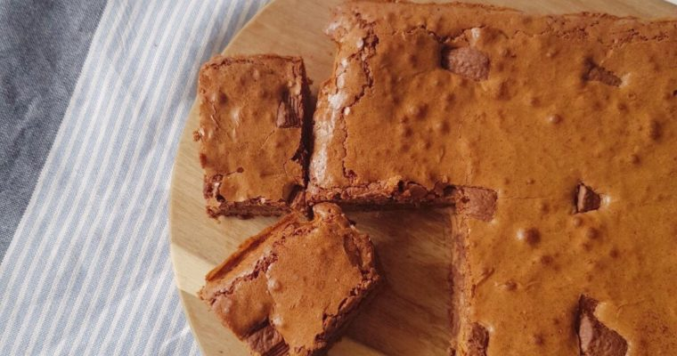 Brownie met karamel chocolade (van de Aldi)